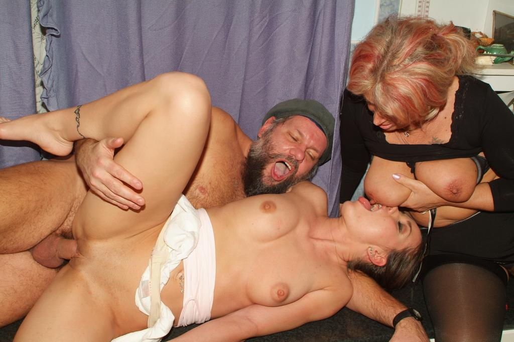 Perverted Lesbo Sex