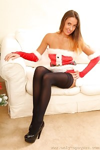 Big-tittied Sammie The Nasty Christmas Girl In Stockings
