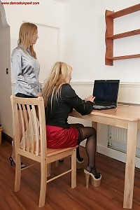 Aga Punishes Her Secretary For A Bad Work